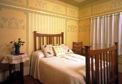 Bedroom with floral frieze