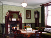 Late-Victorian drawing room