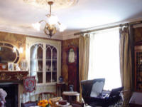 Mid-Victorian drawing room